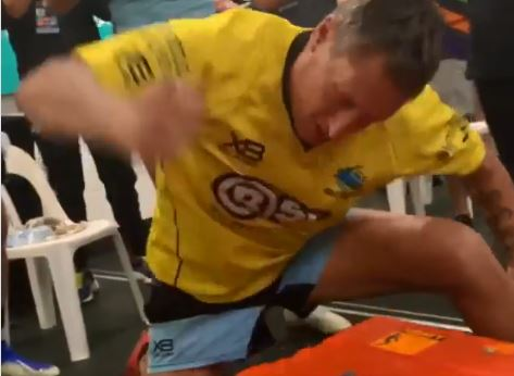 WATCH: Sharks trainer murders defenseless Esky