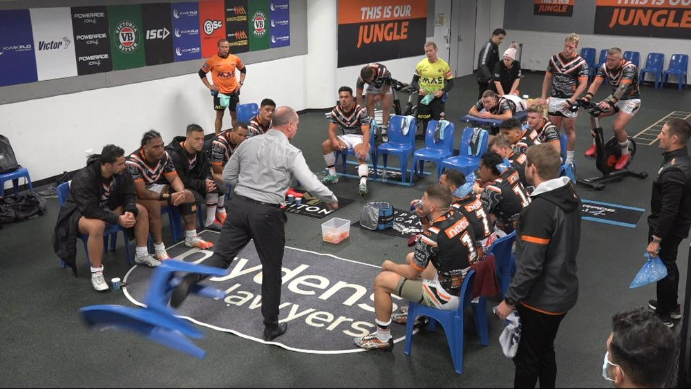 'Mentally they aren't strong enough': Legend rips into Wests Tigers after diabolical loss to Warriors